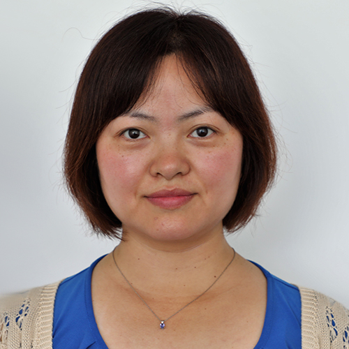 Photo of Sharon Huang
